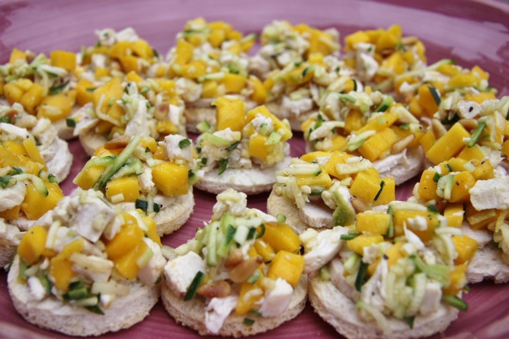 Top Toastje met mango-courgettesalade en gerookte kip - Jessie's Cuisine &QM01