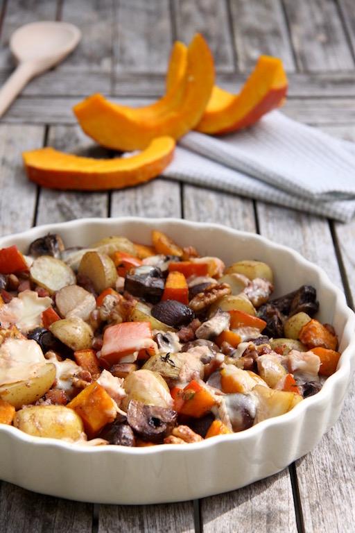 Ovenschotel met pompoen, aardappel, paddenstoelen en Munster