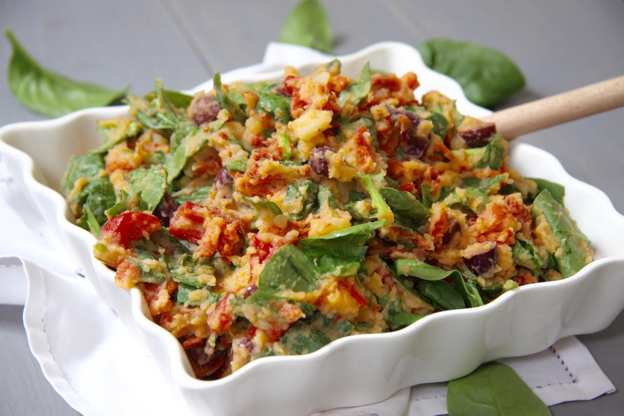 Lente stamppot met chorizo, spinazie en geroosterde paprika